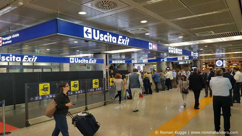Ausgang Flughafen Rom Fiumcino