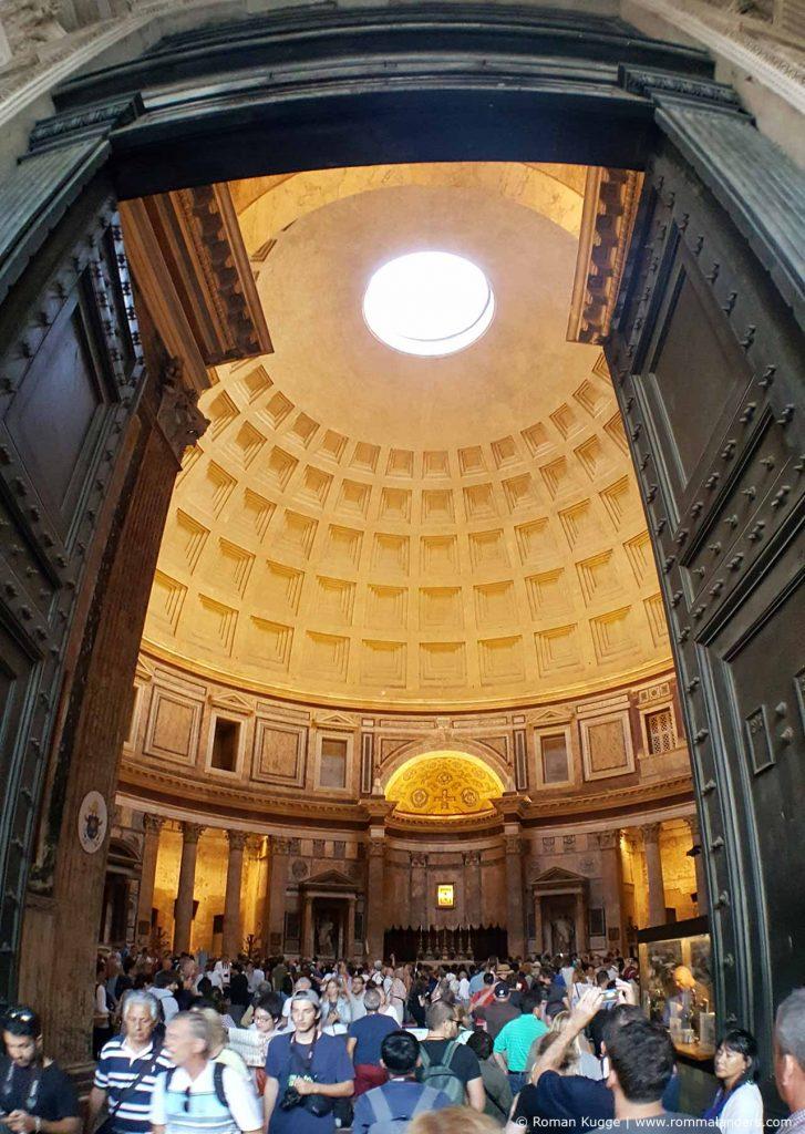 Eingang Pantheon in Rom
