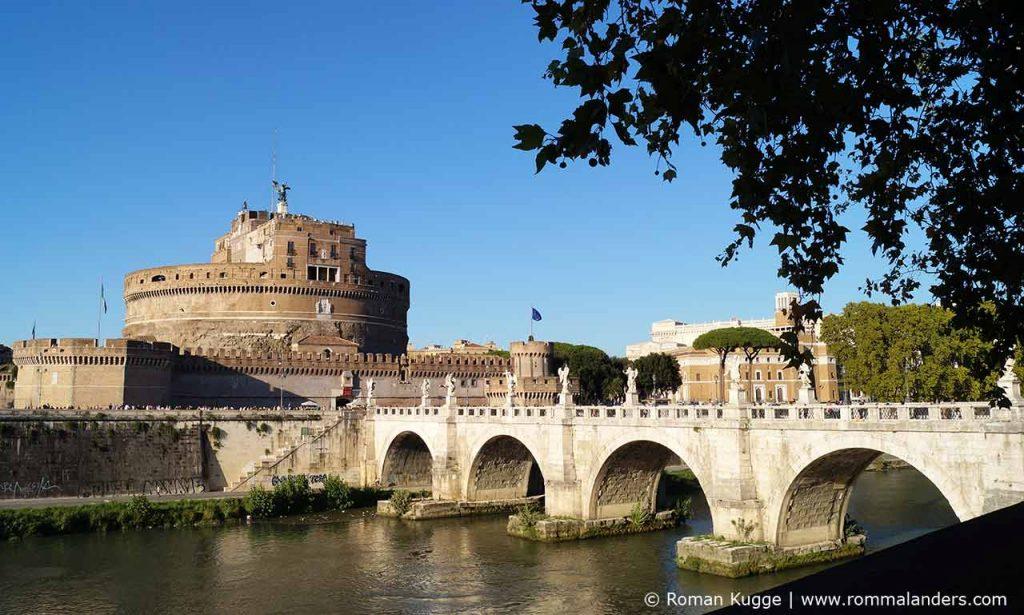 Engelsburg Castel Sant Angelo in Rom Engelsbruecke