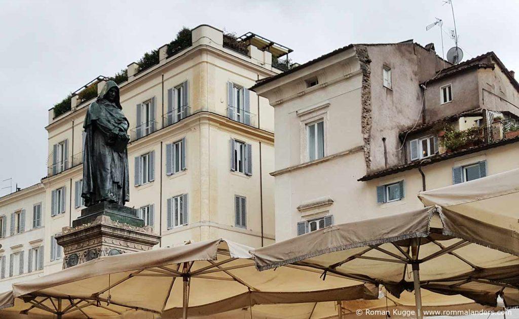 Statue Giordano Bruno Campo de Fiori Rom