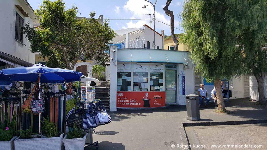 Öffentliche Verkehrsmittel Busse Ischia Ticketschalter