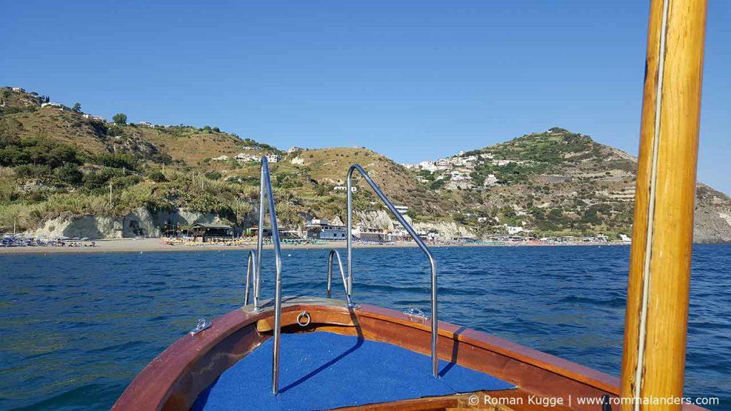 Bootsfahrt von Sant' Angelo zum Maronti Strand Ischia