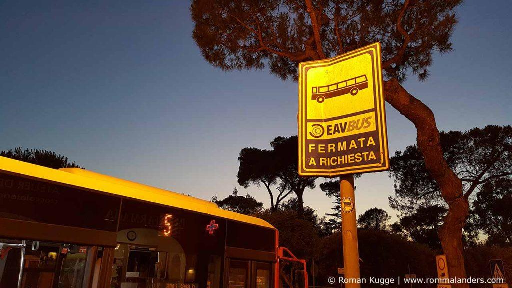 Bus Haltestelle Ischia (1)