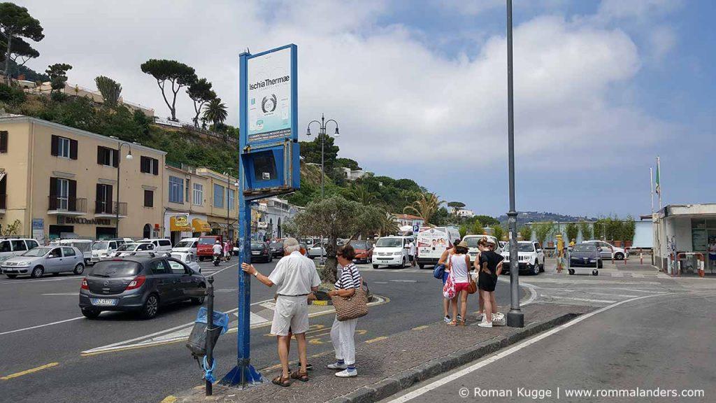 Bus Haltestelle Ischia (2)