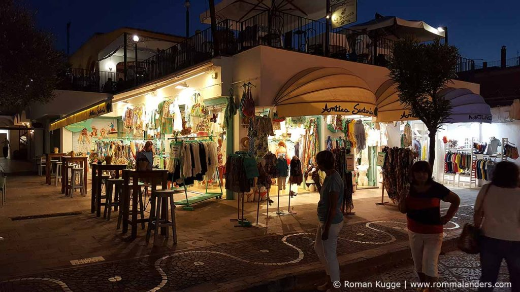 Ischia Porto Stadt Hauptstadt (1)