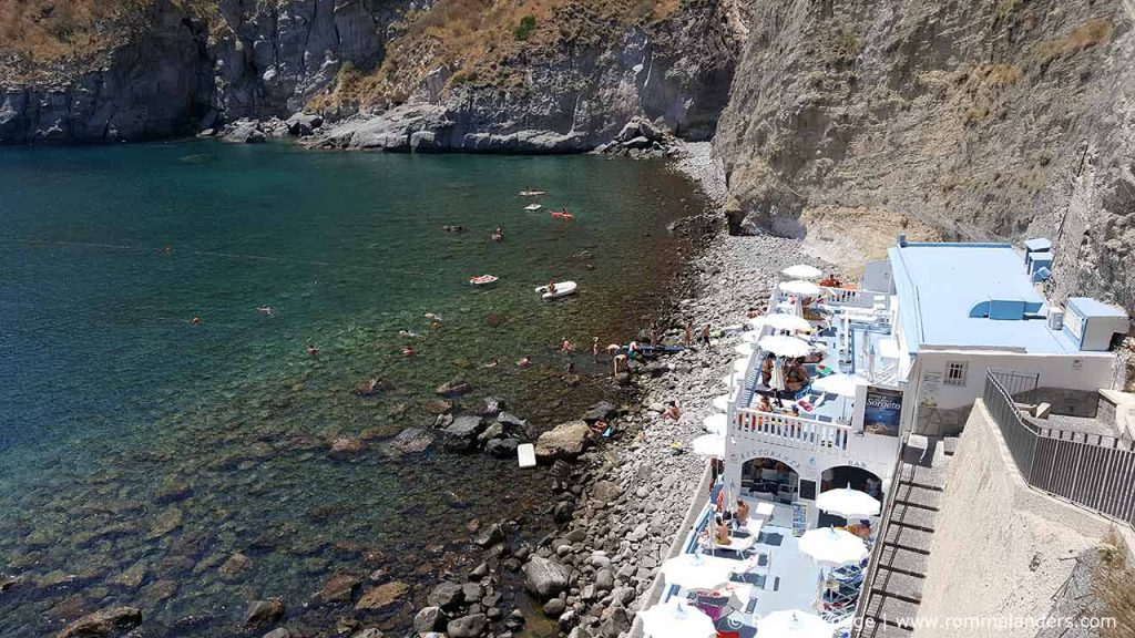 Strand Baia di Sorgeto Ischia (2)