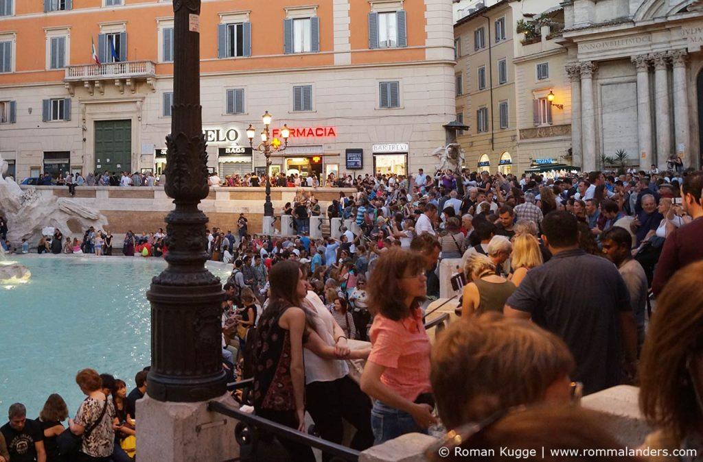 Taschendiebe Rom Trevi-Brunnen
