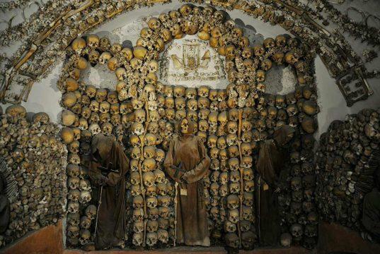 Kapuziner Gruft Knochen Rom Katakomben