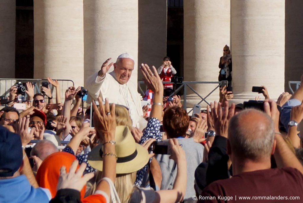 Papst bei einer Audienz