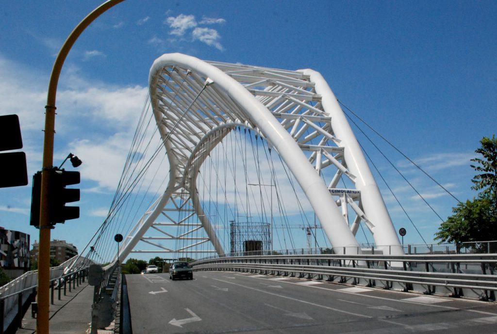 Brücke Rom Ponte Settimia Spizzichino