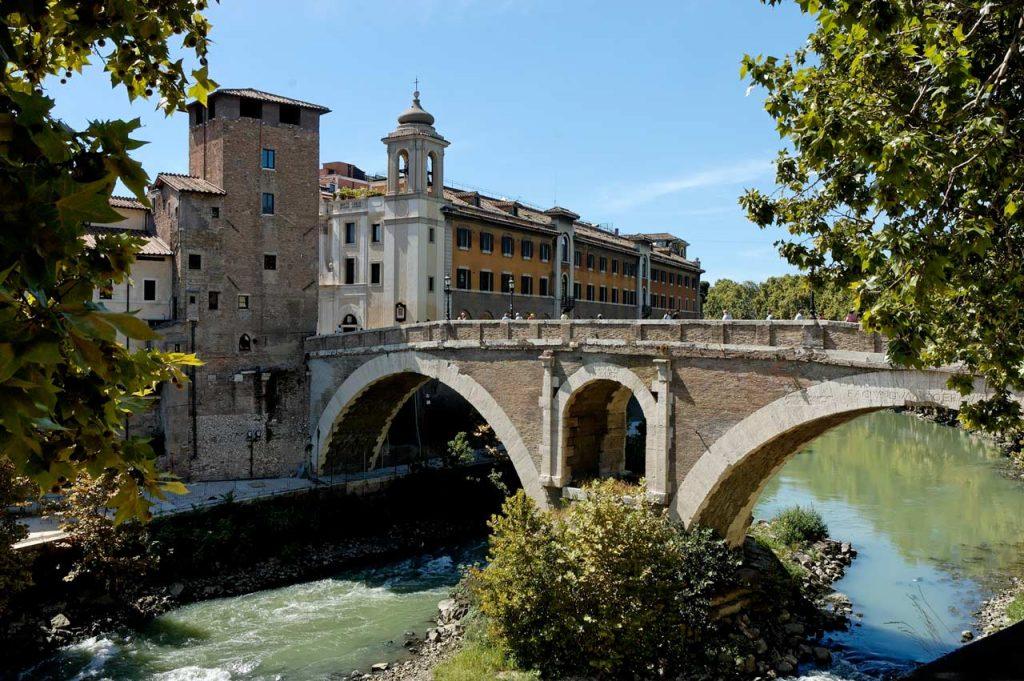 Ponte Fabricio Rom