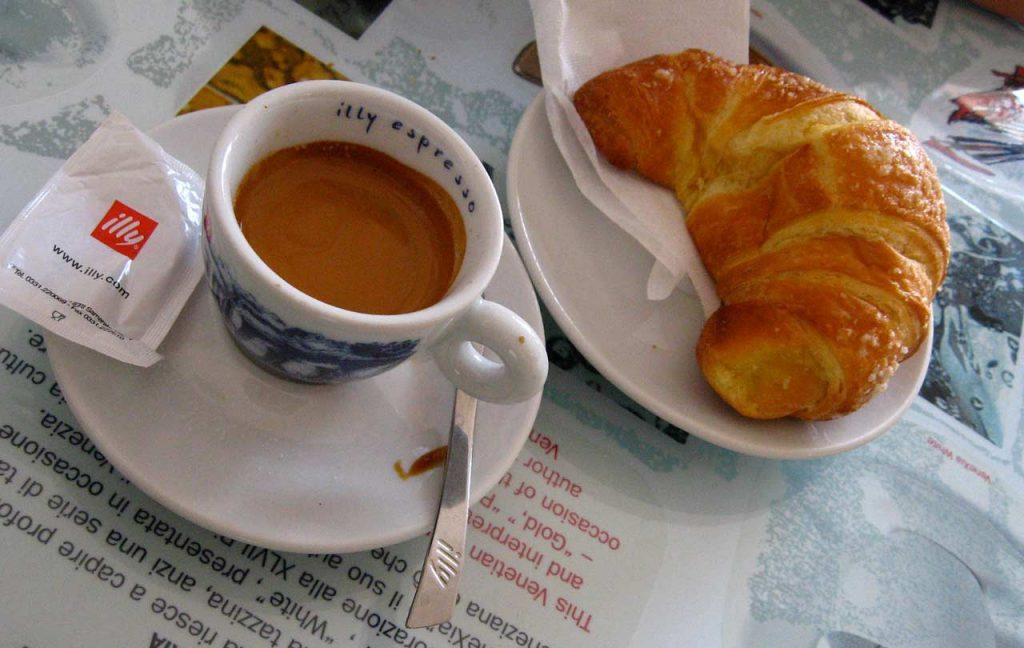 Frühstück Rom