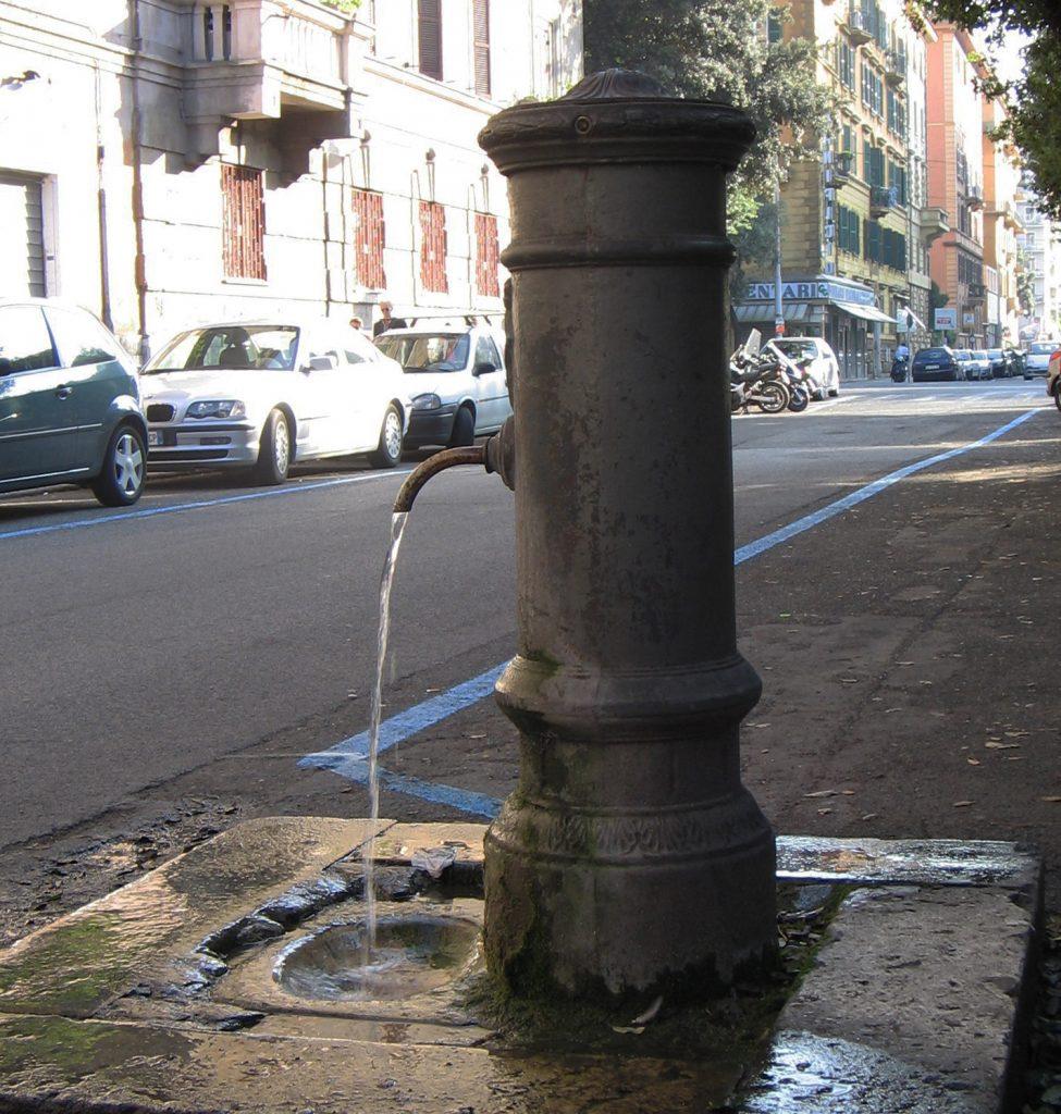 Nasone Trinkwasserbrunnen Rom